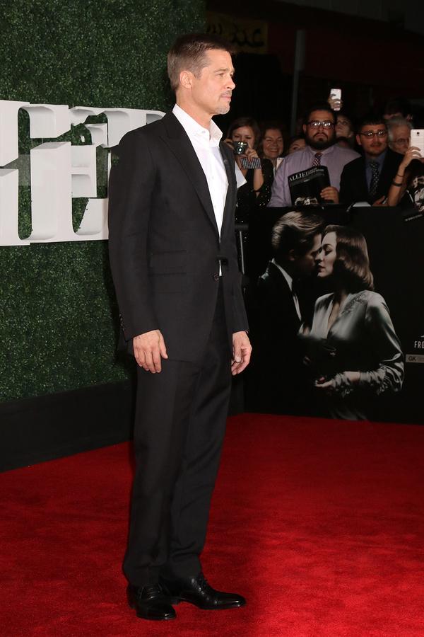 Brad Pitt's height and weight