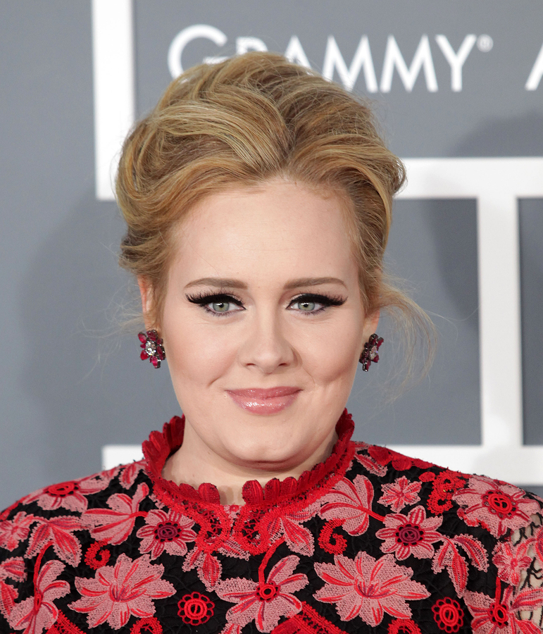 Adele continuing career