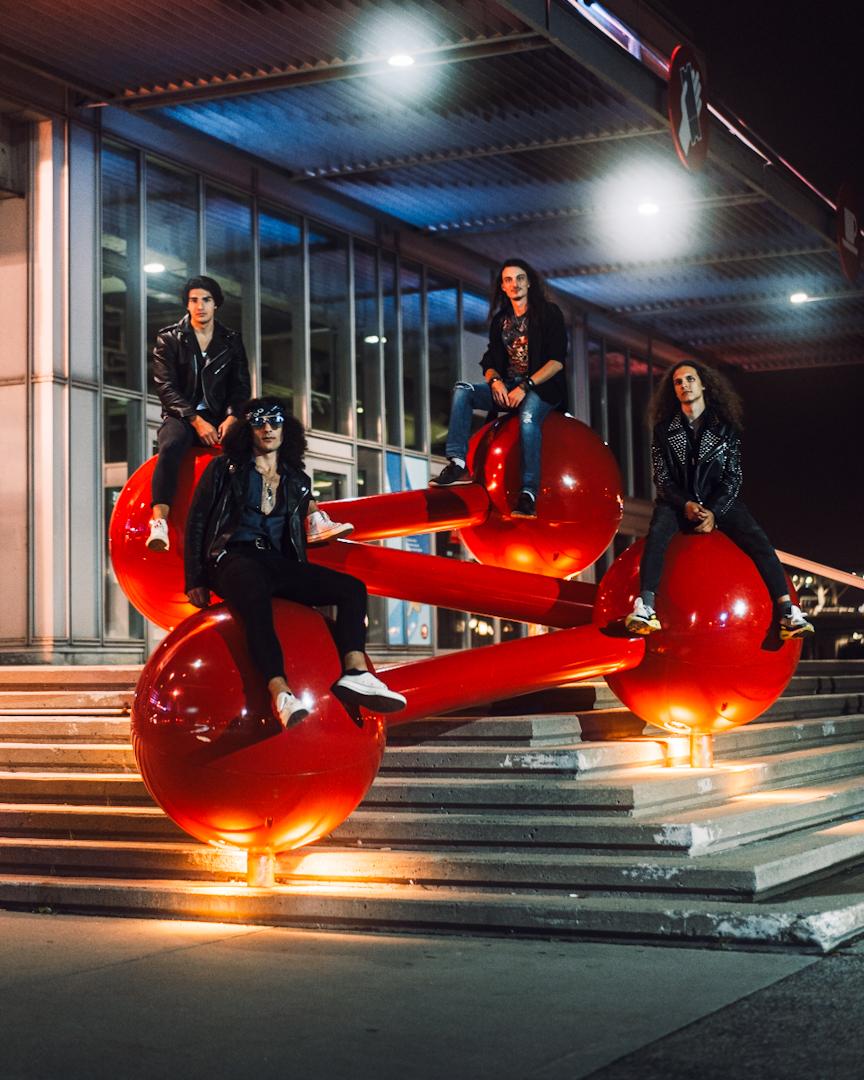 Mercury Messiah Their Debut Single 'Sunlight Surfing'